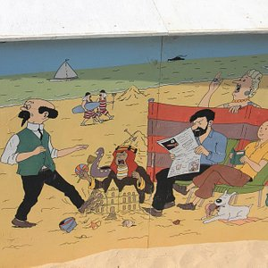 A cabin with Tintin