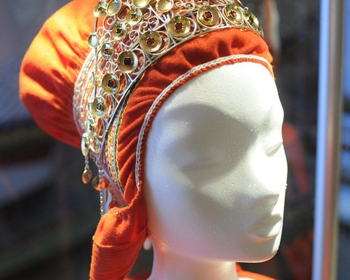 Sámi bridal crown