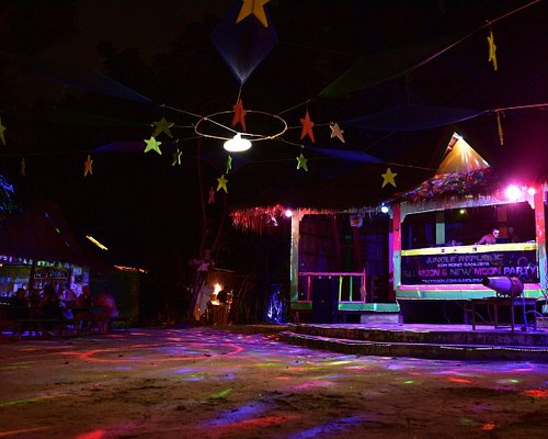 Jungle Republic Stage - preparations for Halooween Party 2017