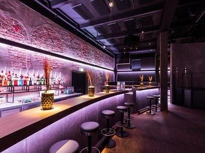 Bar @ Creme 21 - der Club