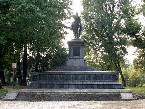Vista complessiva del monumento