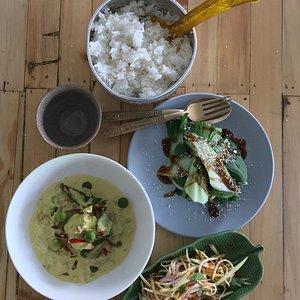 Thai Banquet photo