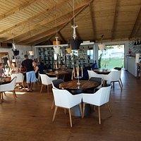 Restaurant Tuva and beach