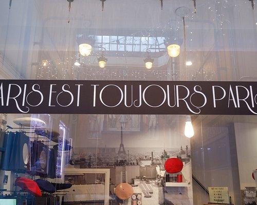 PARIS EST TOUJOURS PARIS & bérets LAULHERE