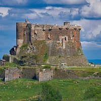 Vue du château de Murol. Crédit photo: JB Rabouan