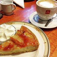 Good coffee and yummy Dutch Apple Pie!