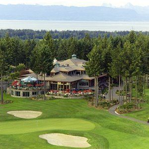 18th green and Resort Clubhouse