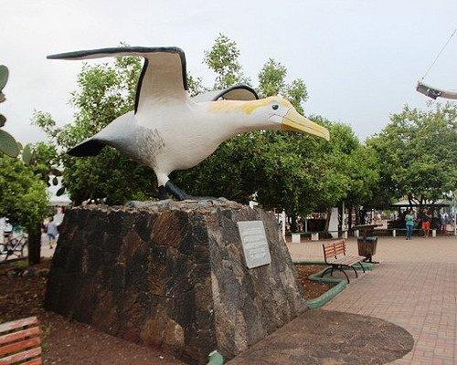 Monumento de aves