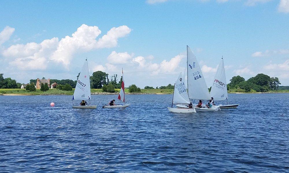 An intermediate class sailing