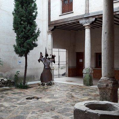 Patio del Ayuntamiento, Villaescusa de Haro