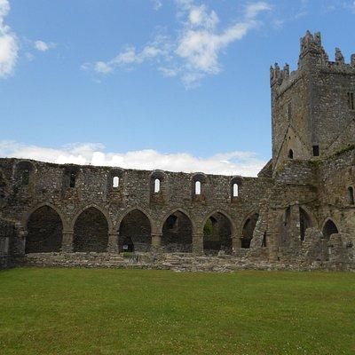 cloister inside Jerpoint Abbey