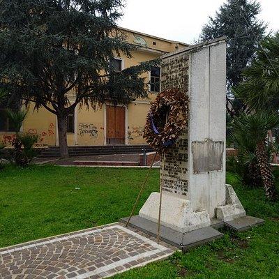 Lapide dell'Eccidio dei 14 Carabinieri