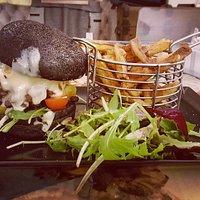 le Black Burger au reblochon...
