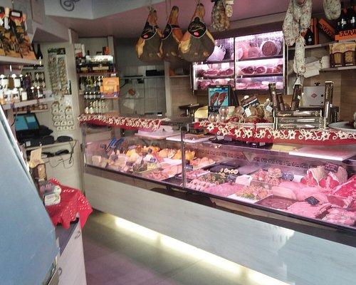 Macelleria Paltrinieri, carne di qualità....non si sbaglia mai!