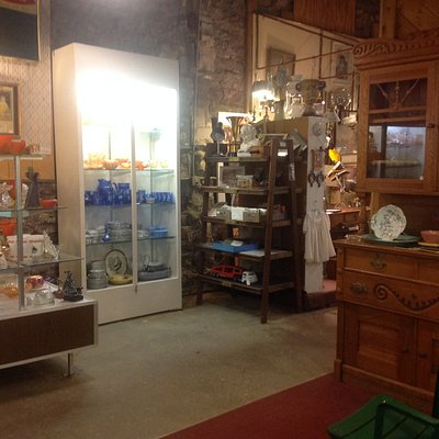 Antiques at Staples Mills