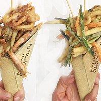 Frittura mista di pesce e verdure fresche alla julienne in pastella di mais e riso