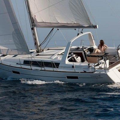 Kauai offshore sailing!