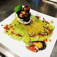 Turbantino di pesce spatola con cozze e zucchine