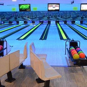 Glow-in-the-Dark Bowling