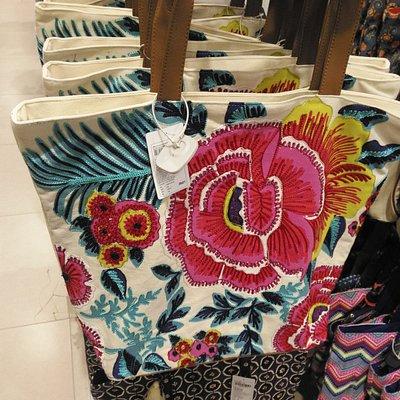 Ladies Bag at Max store