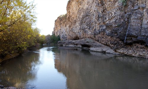 Another view of the box canyon