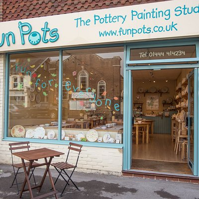 Fun Pots pottery painting studio