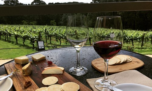 Byo bread and cheese, great wines and spectacular views.