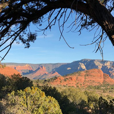 Breathtaking & sweeping red rock views from thunder mountain trail