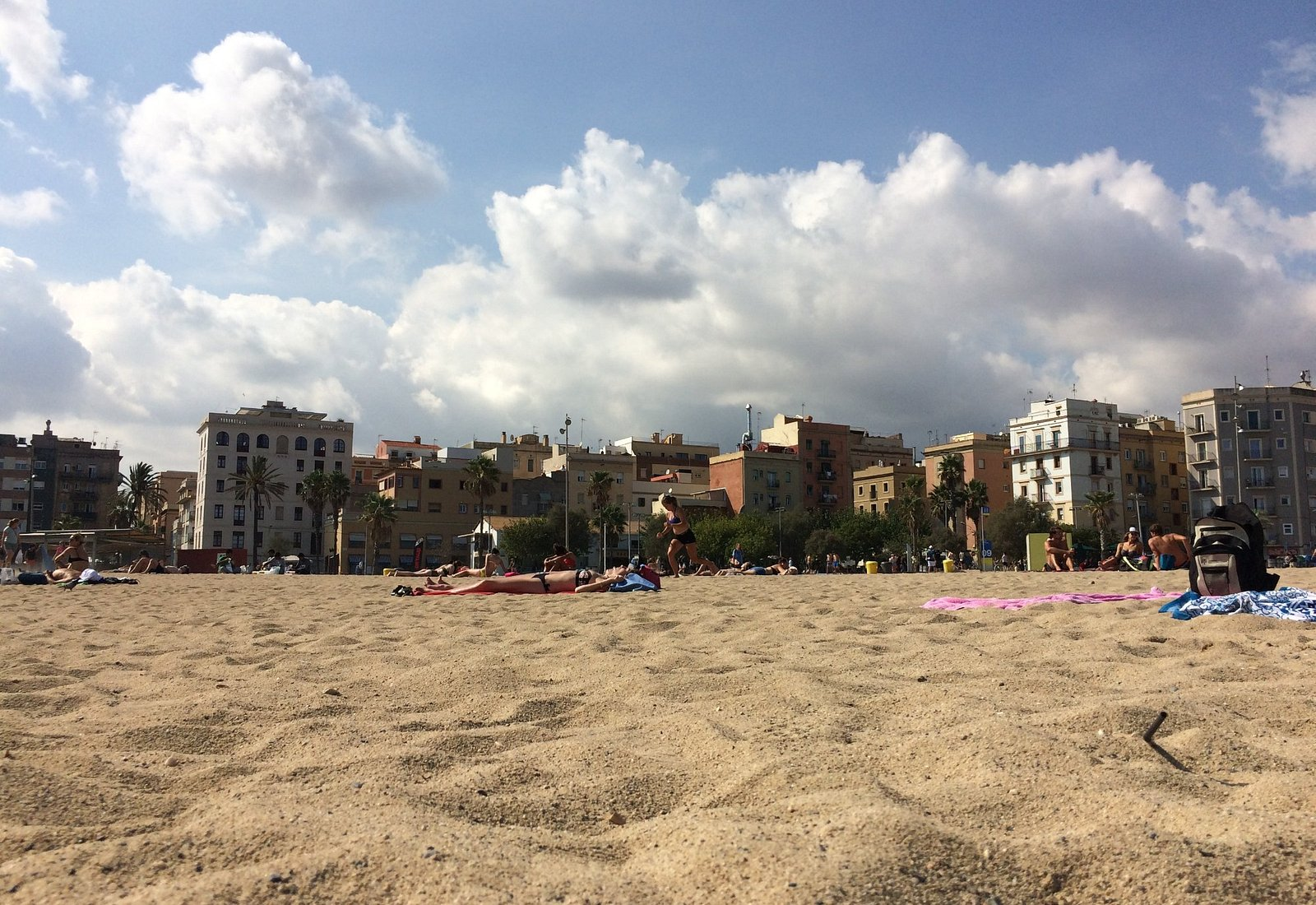 Barcelona Town Beach, lovely but persistent hecklers with drinks and food and massages spoilt it