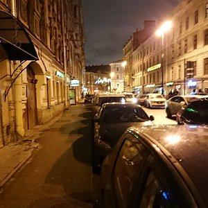 улица Рубинштейна - пора делать пешеходной