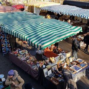 Walcott st market