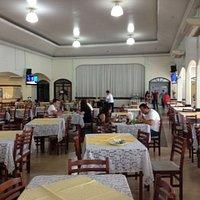 Salão principal restaurante Gloria