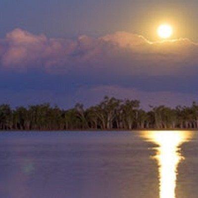 Sunrise over Lake Broadwater, Dalby