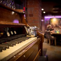Warm atmosphere of Harmooni cellar restaurant