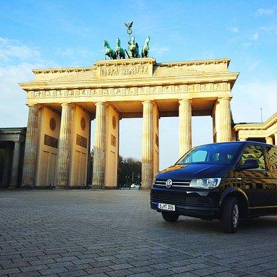 Conoce los lugares más representativos de Berlín en un tour en vehículo privado