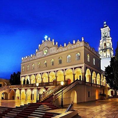 Παναγία η Ευαγγελίστρια, Ναός και ΜουσείοPanayia Evanyelistria Cathedral and Museums
