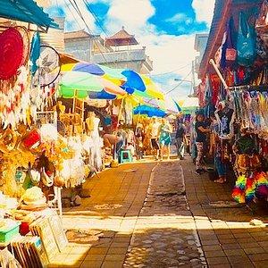 Little art market path