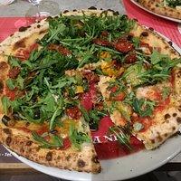 Pizza Avanti tutta (nel mio caso, con aggiunta di gorgonzola)