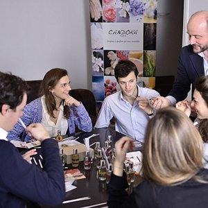 Candora perfume creation workshop in Paris