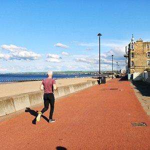 walk on the Promenade