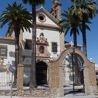 Del antiguo monasterio de carmelitas descalzos sólo queda esta iglesia