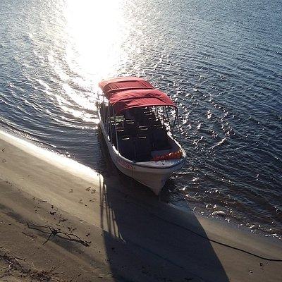 Praia próximo a enseada da Baleia