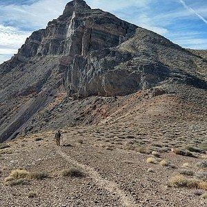 Thimble Peak - Trail climbs the right shoulder.