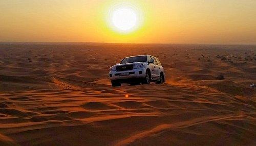 Tour around Erg chebbi Merzouga sahara desert sand dunes