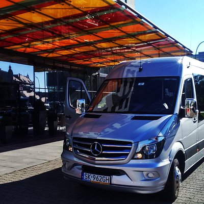Mercedes, przewóz osób, Katowice, Vip, Bizness Class