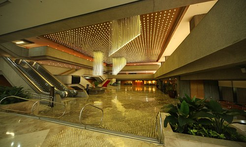 3,068 droplights welcome guests at the Main Lobby