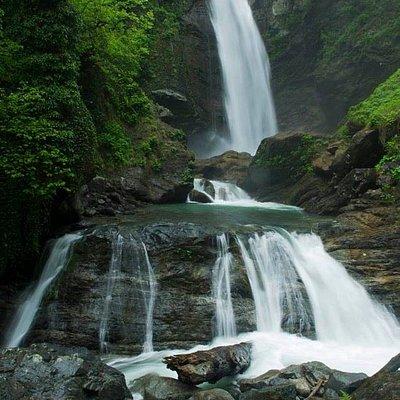 Ninoskhevi (Gurgeniani) Waterfall