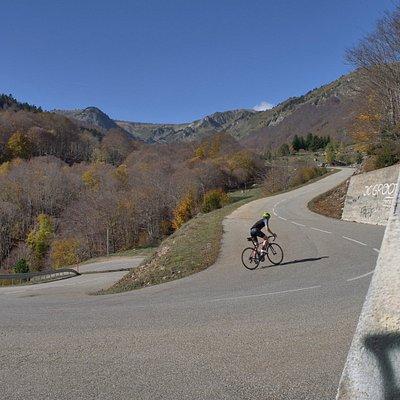 Cycling up the Col de Pailhères