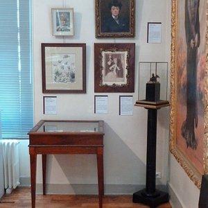 Salle au 1er étage, oeuvres de Louise Abéma (1853-1927)