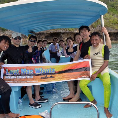 Menjangan island snorkeling tour with happy Korean family. Thanks for your joiing our program